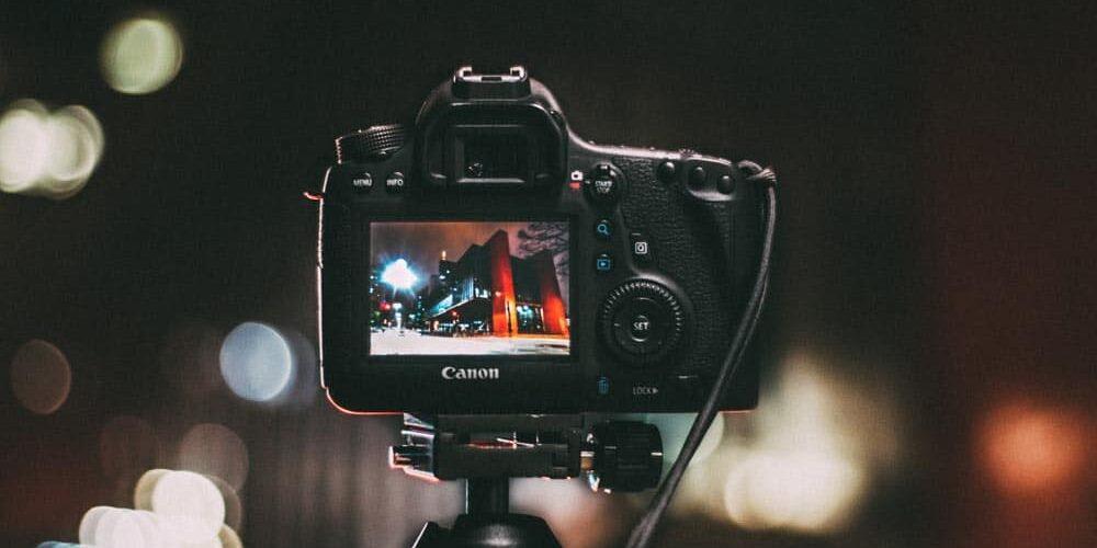 camera-canon-dslr-electronics-243757